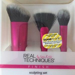 Real Techniques Makeup - New In Box Real Techniques Sculpting Brush Set